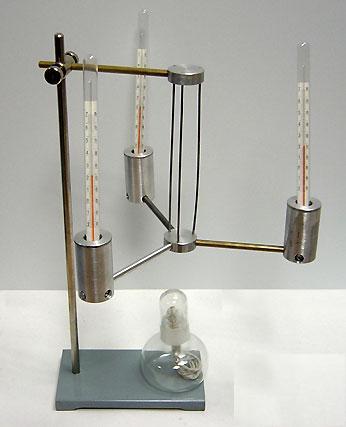 Прибор для изучения теплопроводности твердых тел